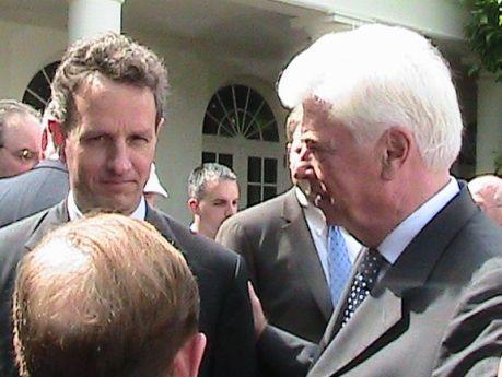 White_House 244_Geithner_Dodd
